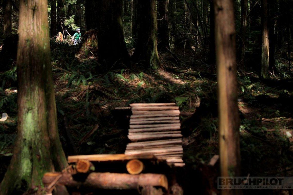 Wie in New World Disorder: Trails in Kanada