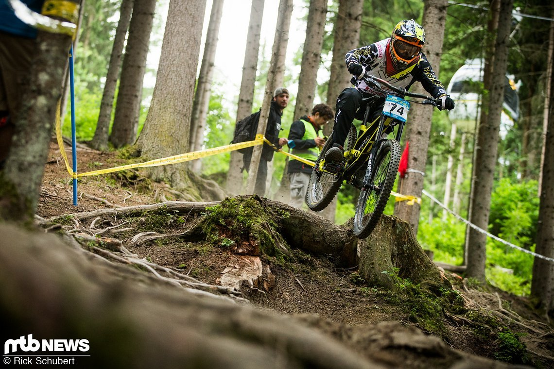 Erik Irmisch nahm die wohl riskanteste Linie im Wald