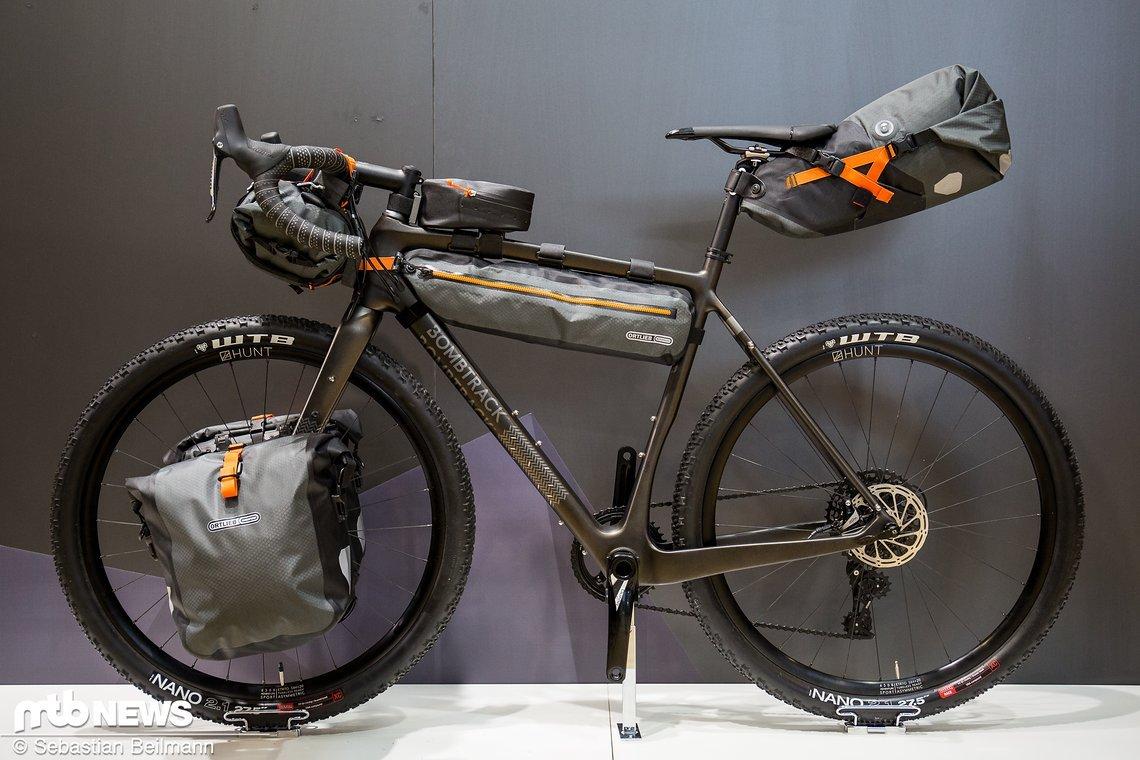 So gibt sich die neue Kollektion die auf das Thema Bikepacking abzielt heute