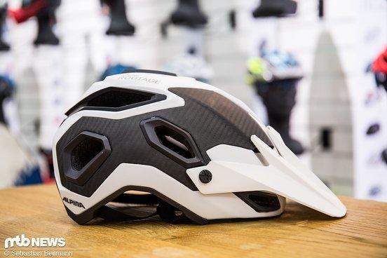 Carbonplatten sollen die Schutzwirkung des Helms erhöhen und das Gewicht senken