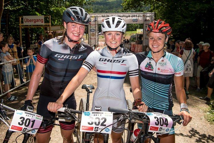 Die drei schnellsten Damen des Tages: Alexandra Engen, Anne Terpstra und Hanna Klein (von links).